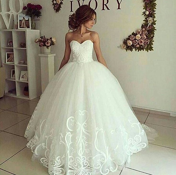 Princess Sweetheart Neckline Ball Gown Wedding Dress