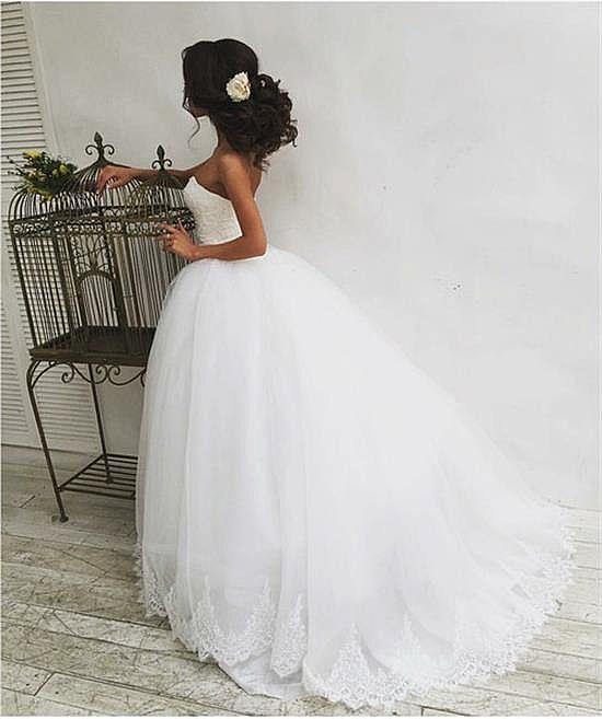 Designer Princess Sweetheart Ball Gown Wedding Dress