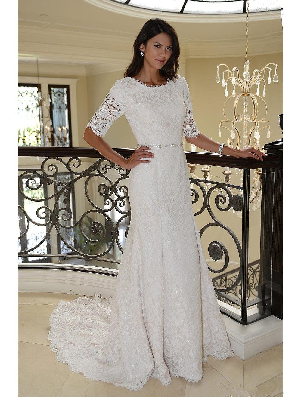 2018 Vintage Lace Wedding Dresses With Half Sleeves