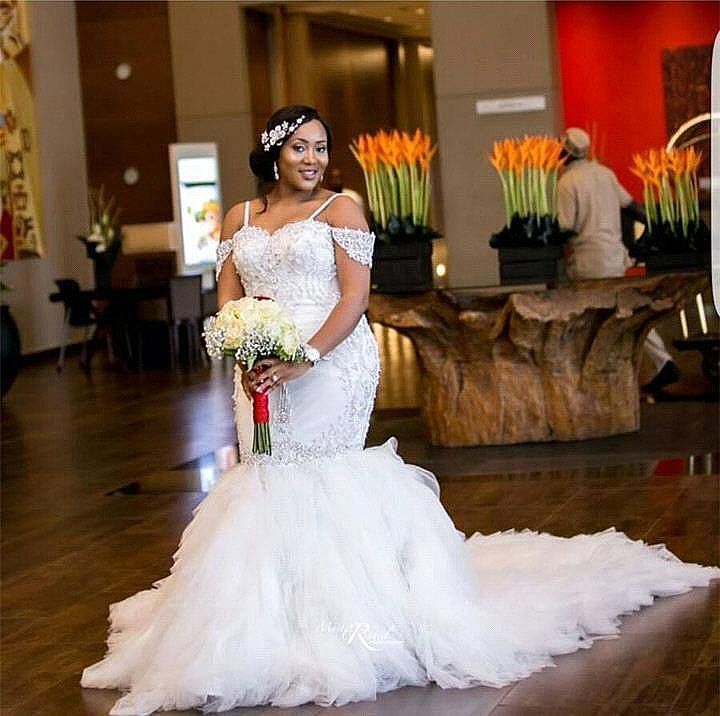 Plus Size Wedding Dresses With Puffy Chapel Train