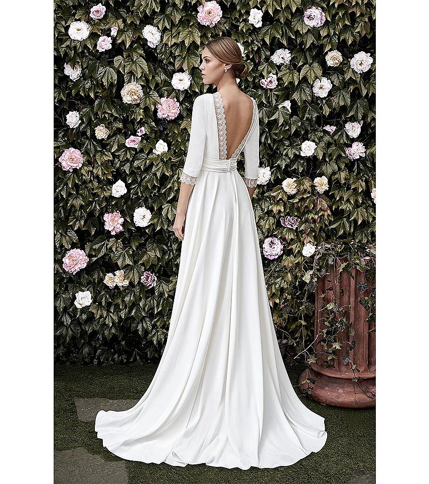 Elegant classy wedding dresses with half sleeves for Wedding dresses elegant classy