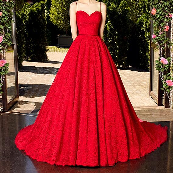 Elegant Sweetheart Red Lace Ball Gown Wedding Dresses