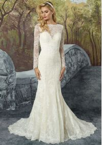 Exquisite Lace Appliqued Wedding Dress with Long Sleeves